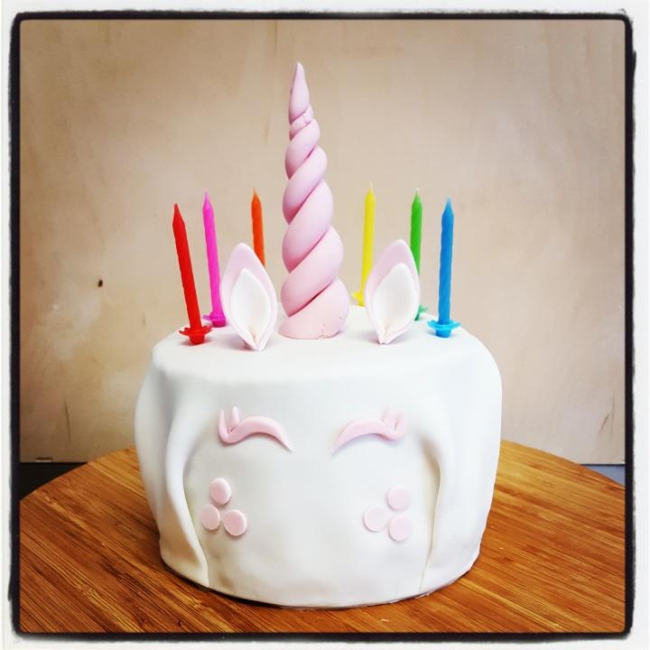 Comment j'ai failli jeter le gâteau d'anniversaire de Minin°2