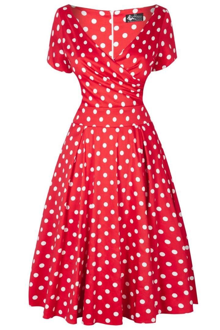La robe rouge à petits poisblancs